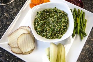 Verduras con Pesto de Albahaca y Nueces