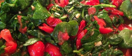 Salteado de Espinacas y Tomates